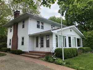 Photo of 10694 N Southshore Drive, Syracuse, IN 46567 (MLS # 201851132)