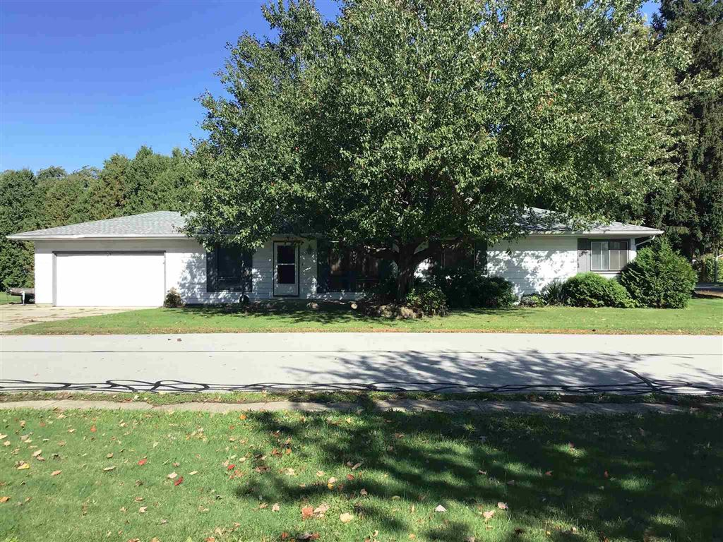 507 W Front Street, New Carlisle, IN 46552 - #: 201945132