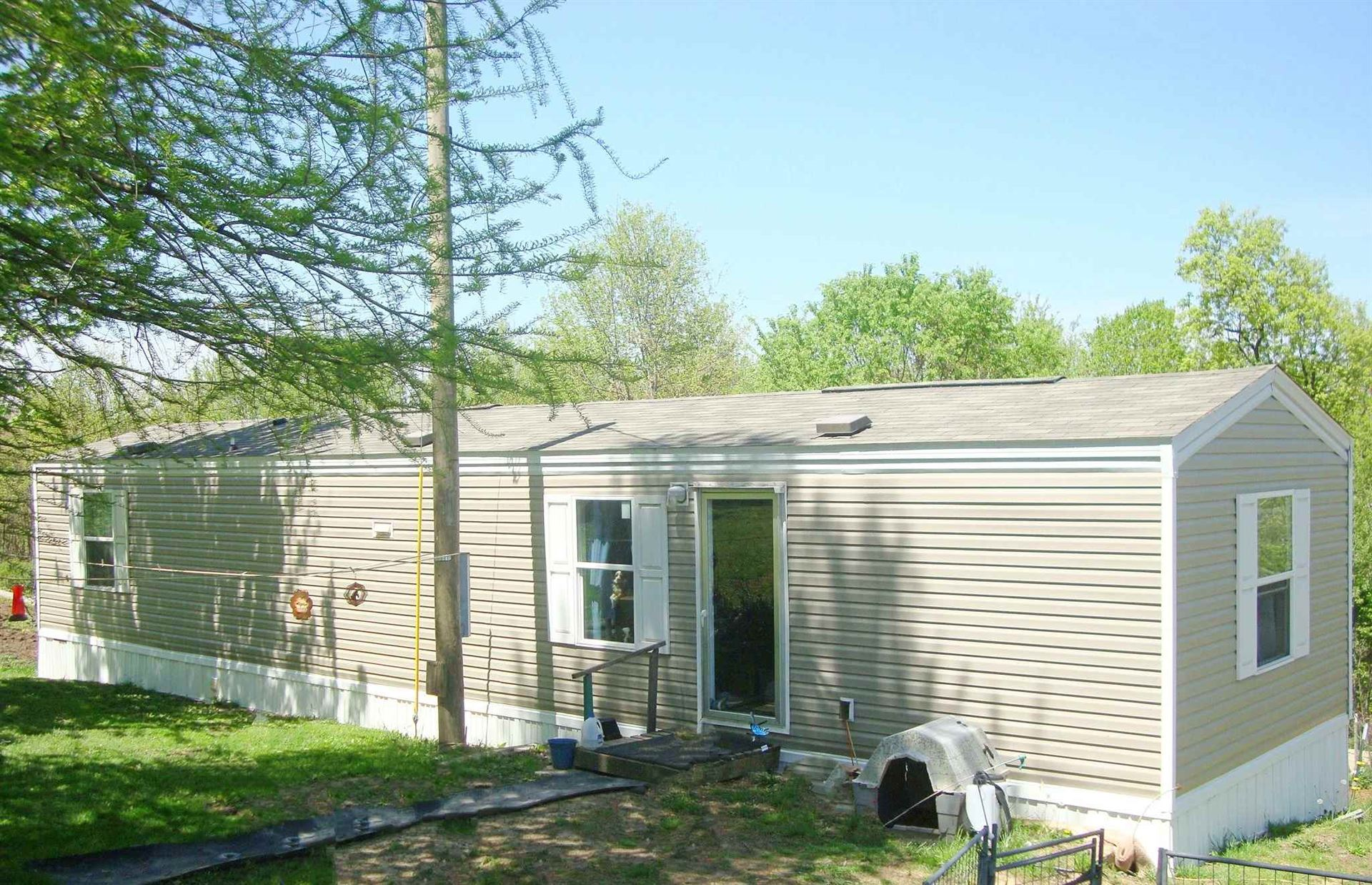 2901 Rutherford Road, Loogootee, IN 47553 - #: 202015143