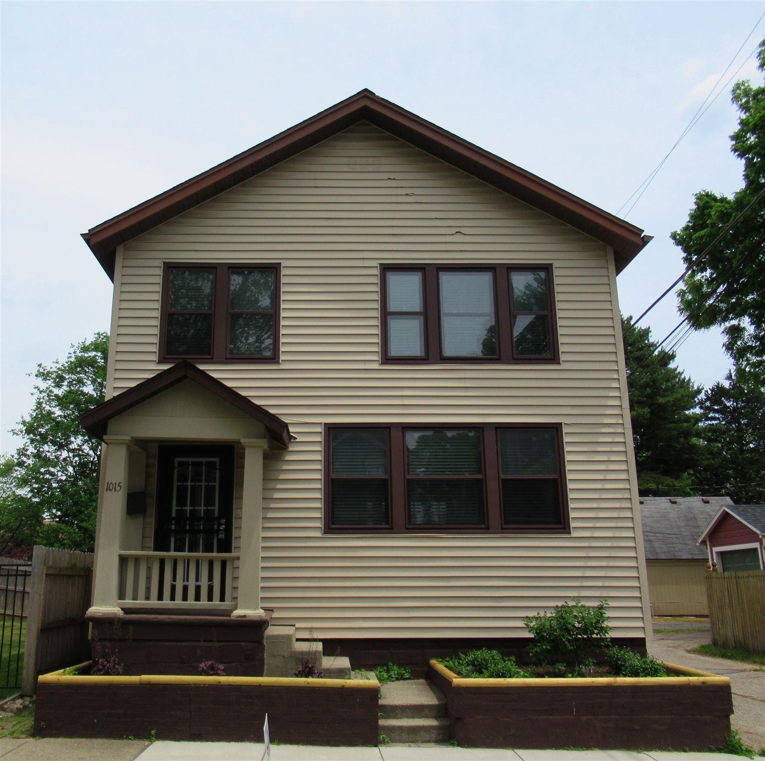 1015 College Street, Fort Wayne, IN 46802 - #: 202048147