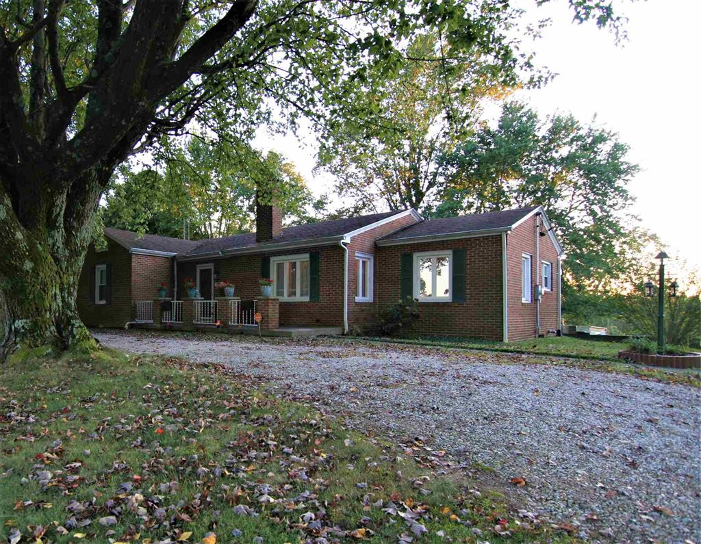 1008 S St Rd 61 Highway, Winslow, IN 47598 - #: 201945158