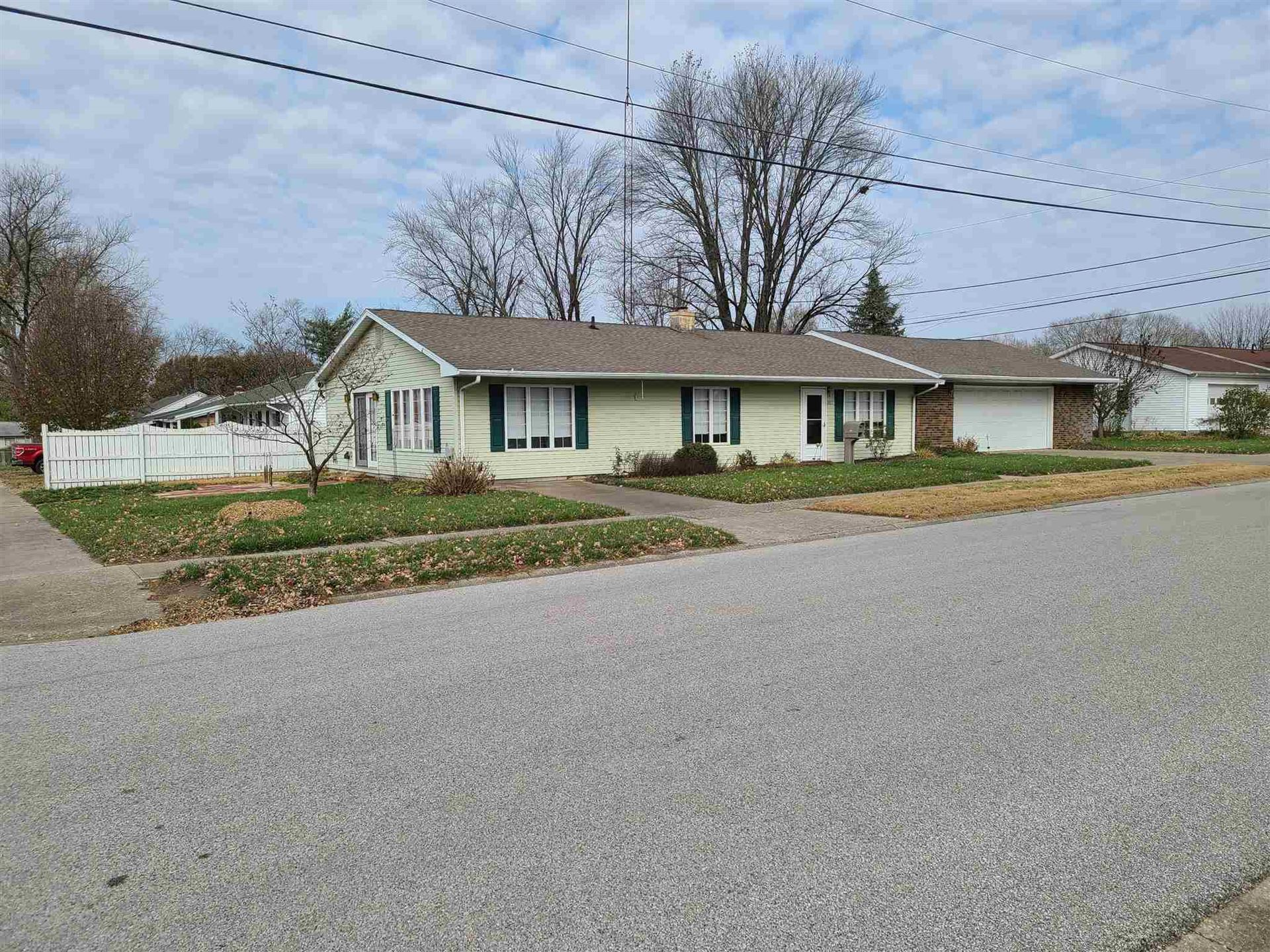 107 S 21st Street, Vincennes, IN 47591 - #: 202047164