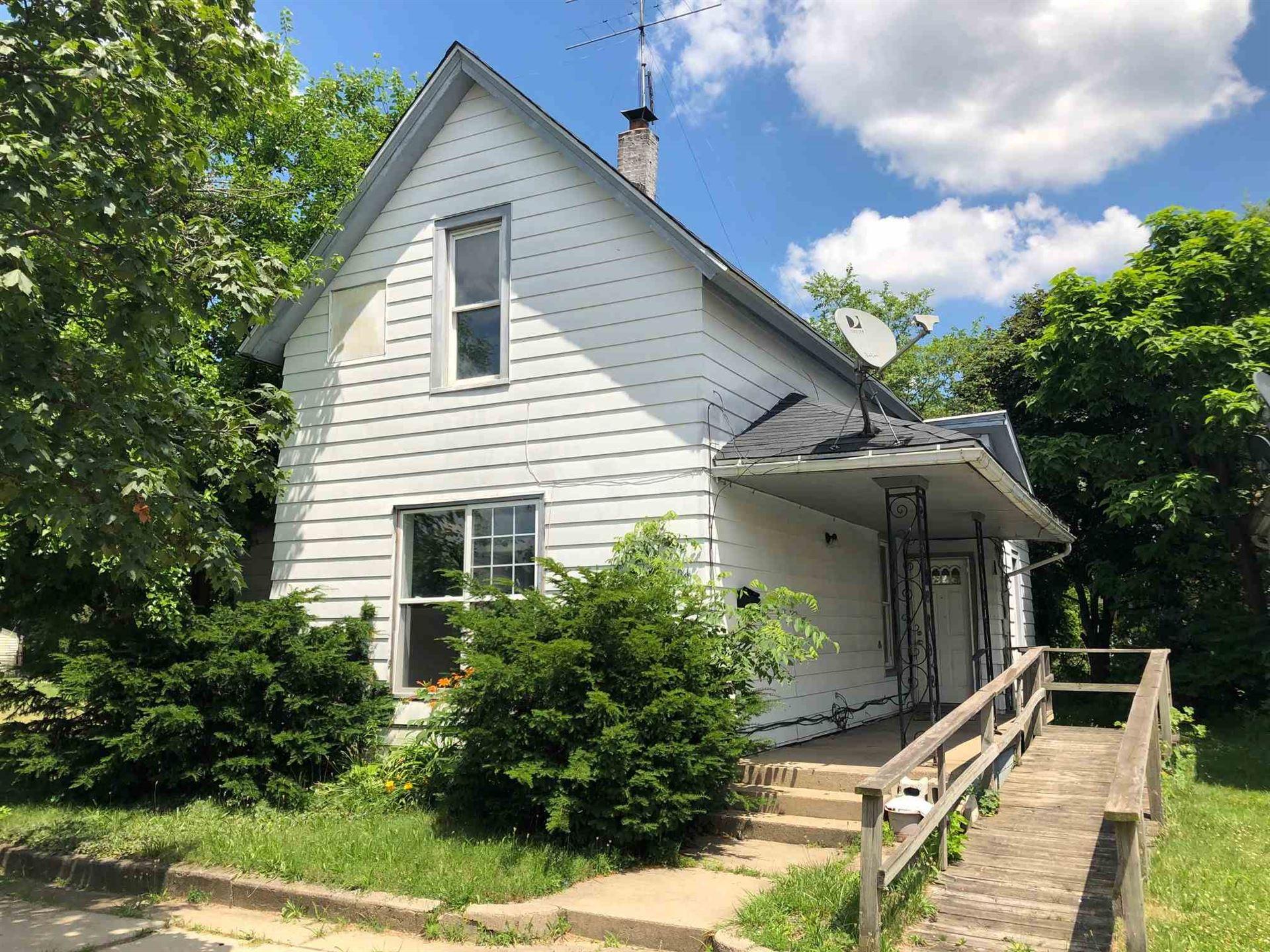206 N Brookfield Street, South Bend, IN 46628 - #: 202025186