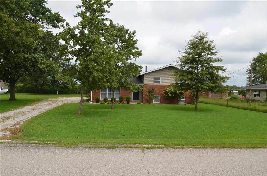 8302 W OLD STATE RD 66 Road, Richland, IN 47634 - #: 201937202