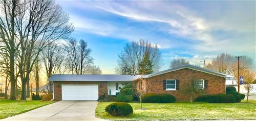 Photo of 105 HOLIDAY Drive, Greentown, IN 46936 (MLS # 202101210)