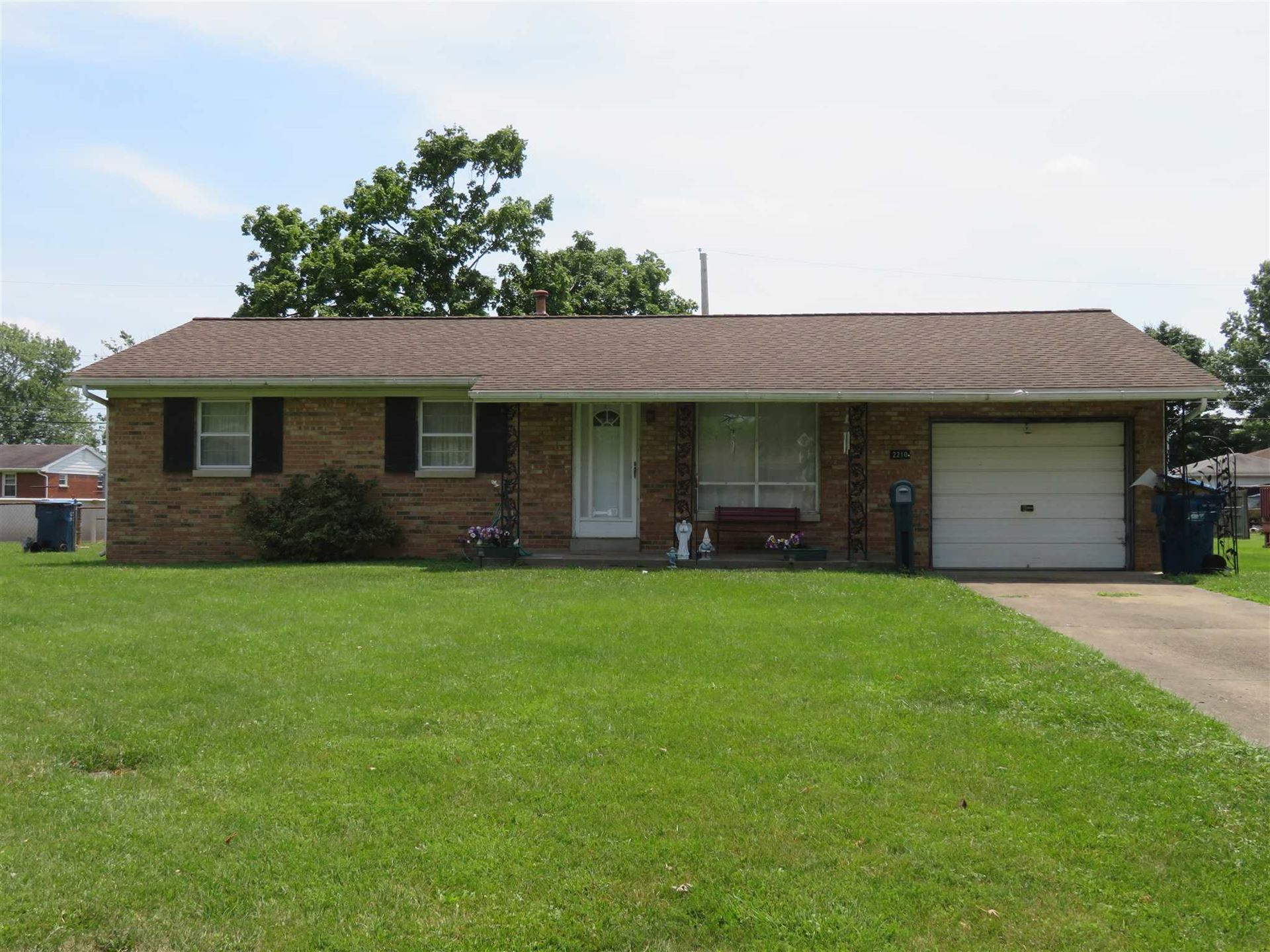 2210 W Buena Vista Road, Evansville, IN 47720 - #: 202027213