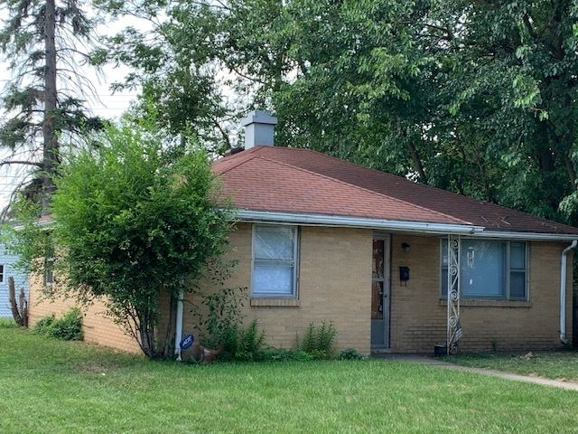 937 Roberts Street, South Bend, IN 46615 - #: 202029215