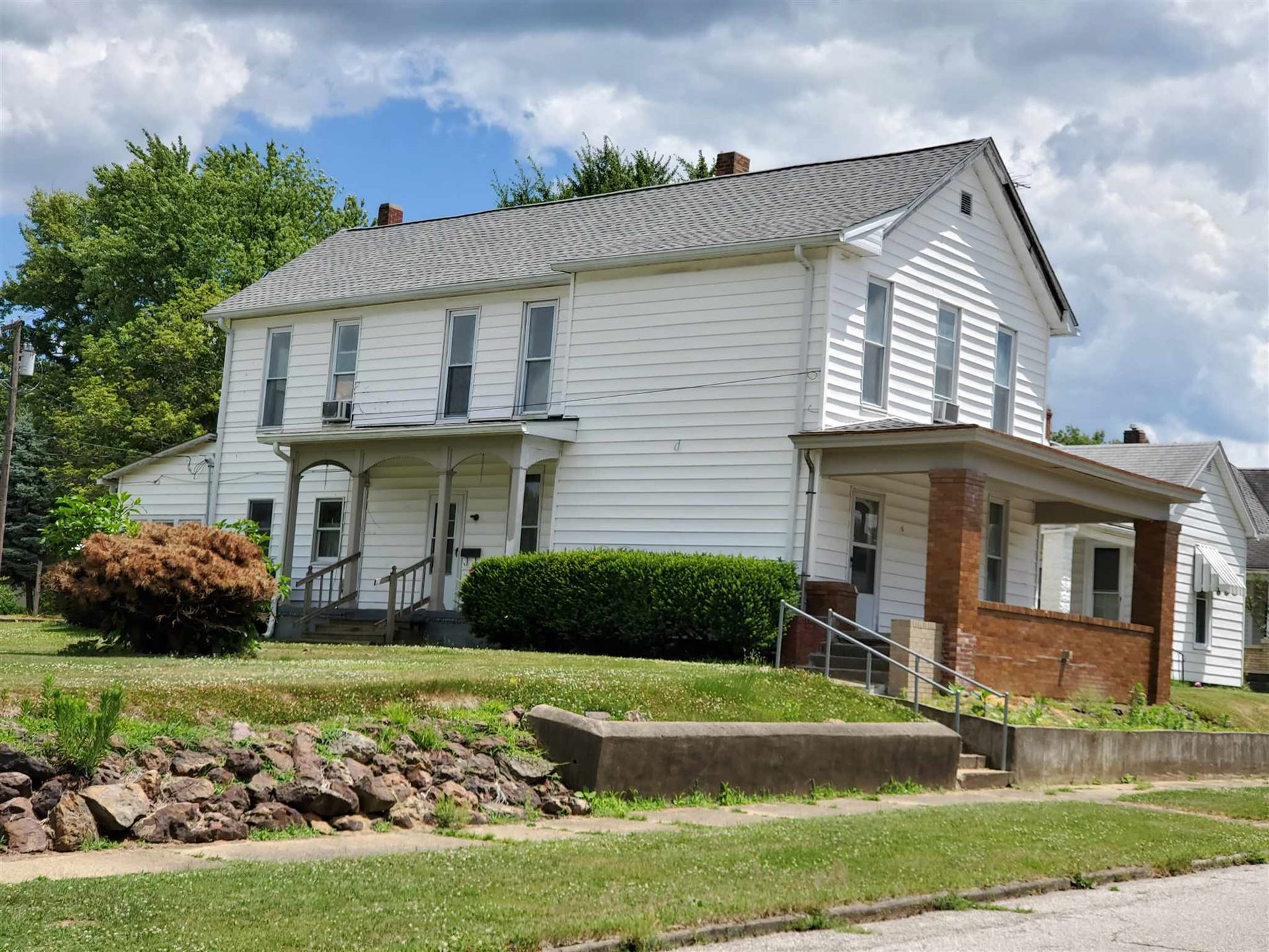 304 SE 7th Street, Washington, IN 47501 - #: 202024219