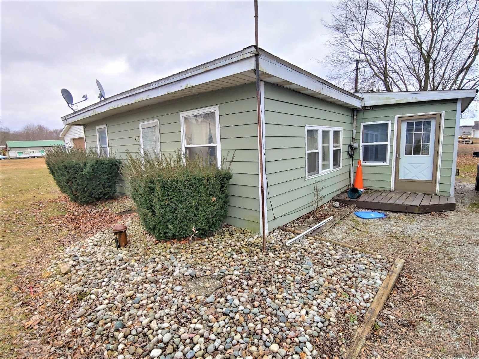 40 Lane 133 Turkey Lake, Lagrange, IN 46761 - #: 202022230