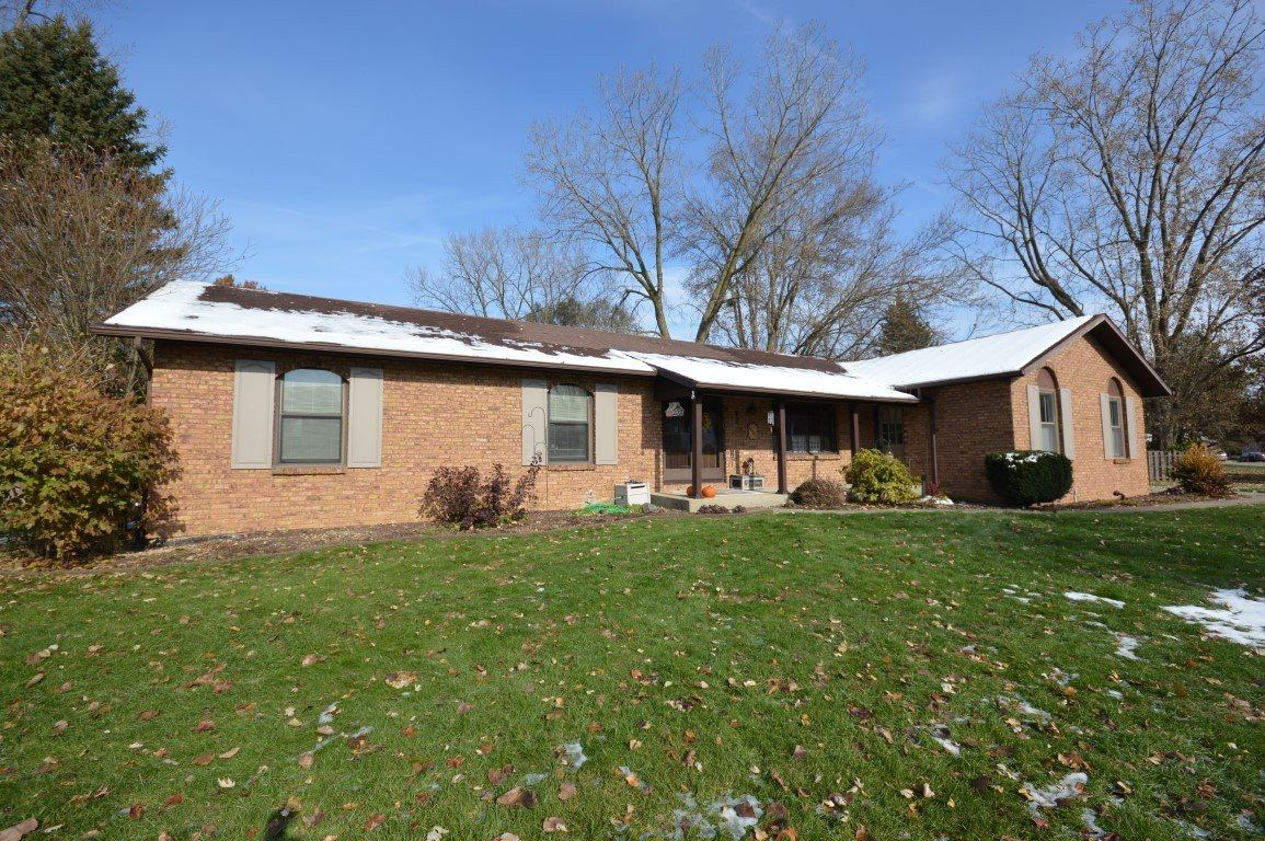 17787 Dorset Drive, South Bend, IN 46635 - #: 201950255