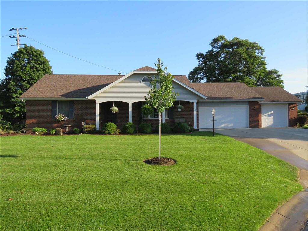 203 Eugene Drive, Middlebury, IN 46540 - MLS#: 201915262
