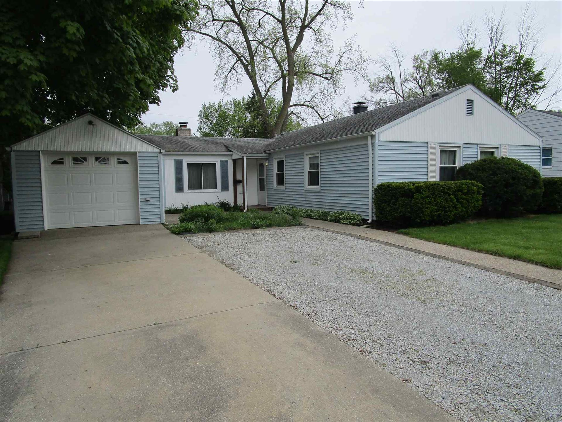 2420 Crest Avenue, South Bend, IN 46614 - #: 202018262