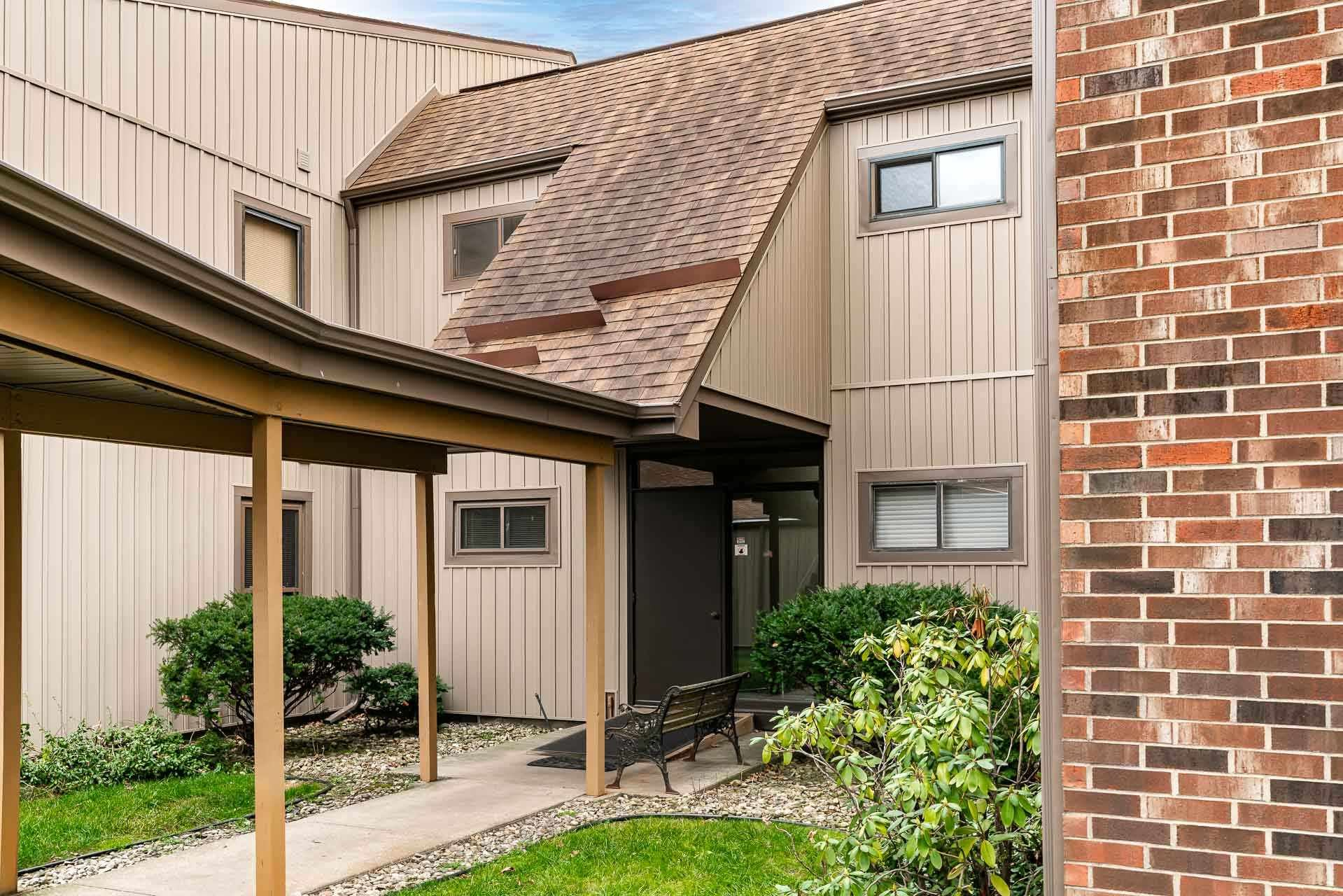 1926 Abbey Road #A, South Bend, IN 46637 - #: 202049275