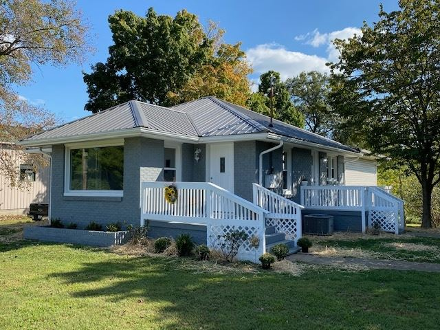 1511 Maple Grove Road, Boonville, IN 47601 - #: 202038276