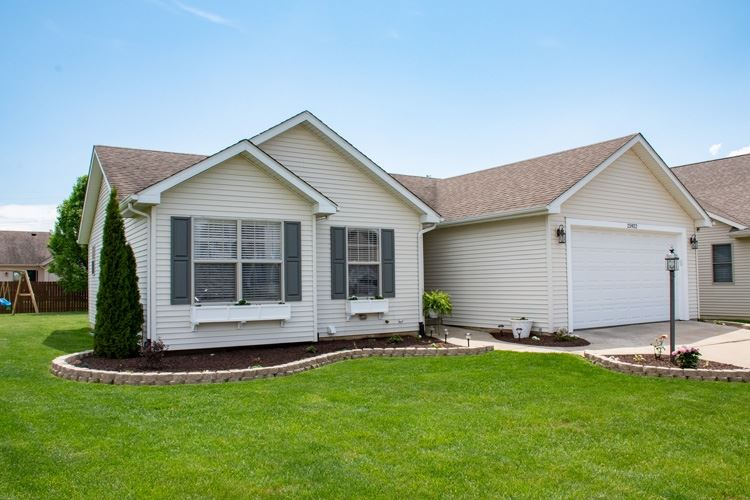 25922 Rolling Hills Drive, South Bend, IN 46628 - #: 202019277