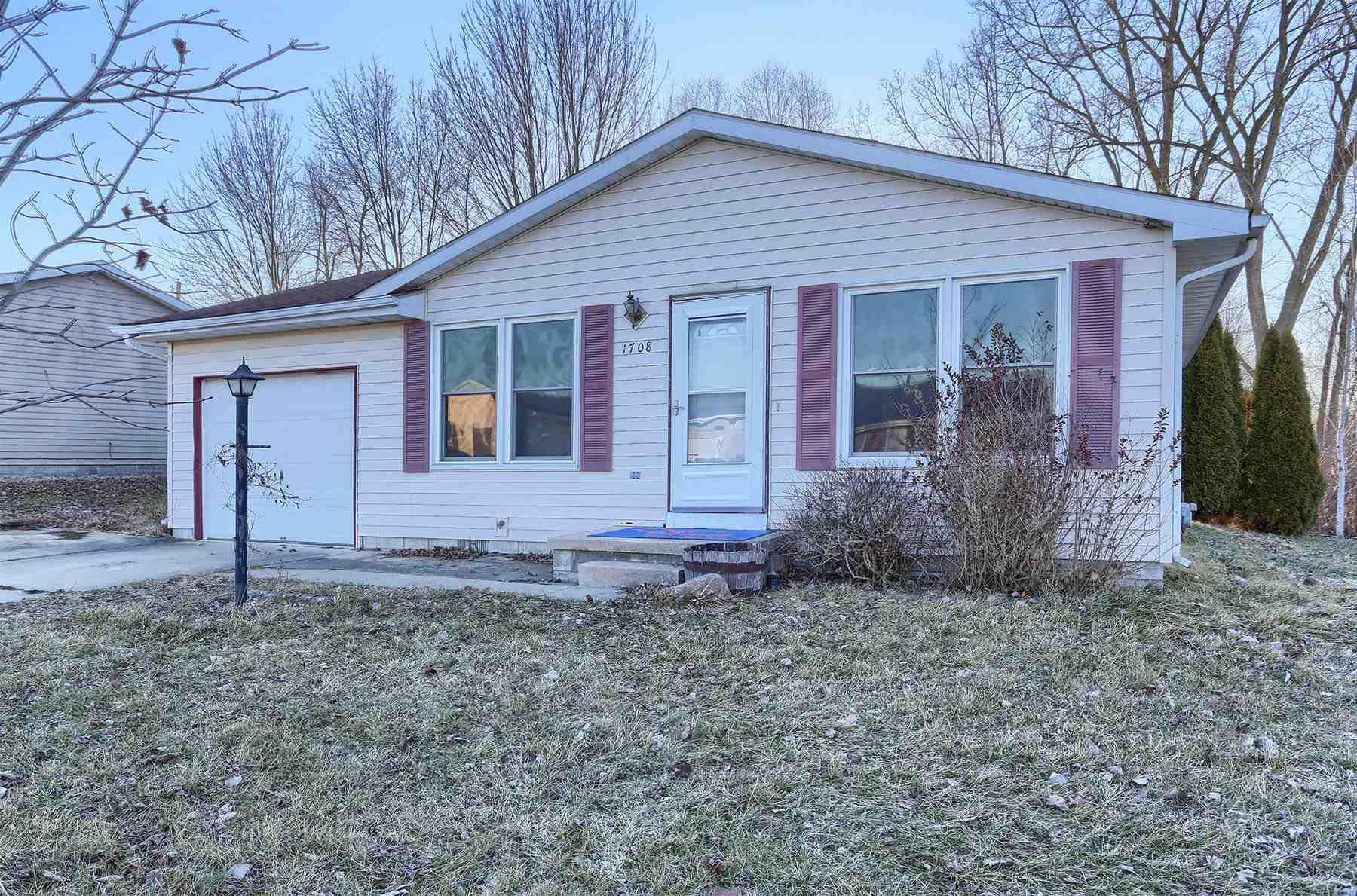 1708 S West Point Drive, Warsaw, IN 46580 - #: 202106279