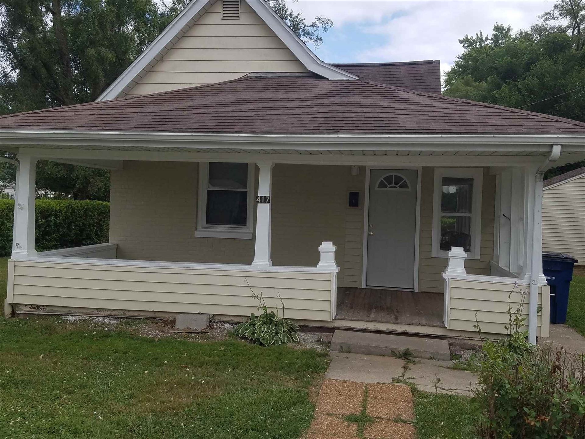 417 W 26th Street, Marion, IN 46953 - #: 202027282