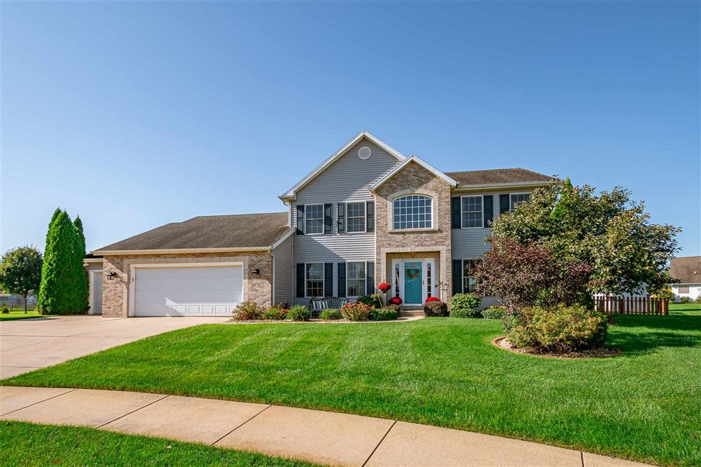 51293 Bridlewood Court, Granger, IN 46530 - #: 201944284