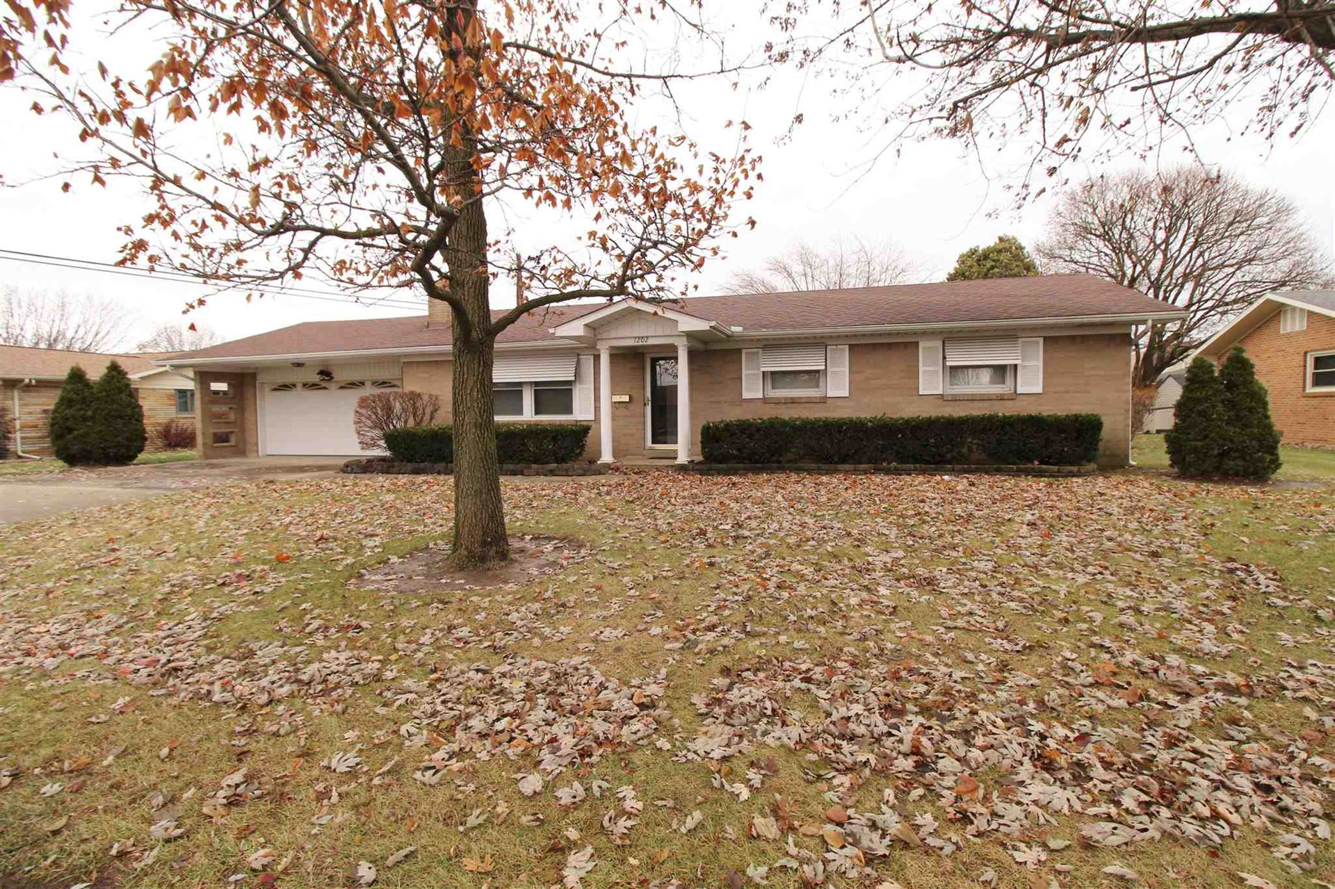 1202 N Manor Drive, Marion, IN 46952 - #: 201951285