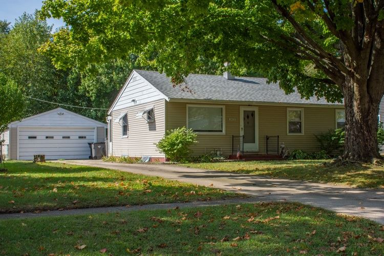 54635 27th Street, South Bend, IN 46635 - #: 201943286
