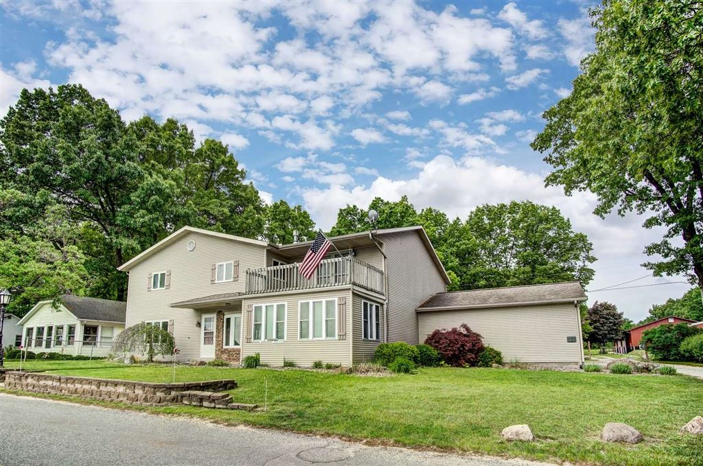51699 E county line Road, Middlebury, IN 46540 - #: 201919316