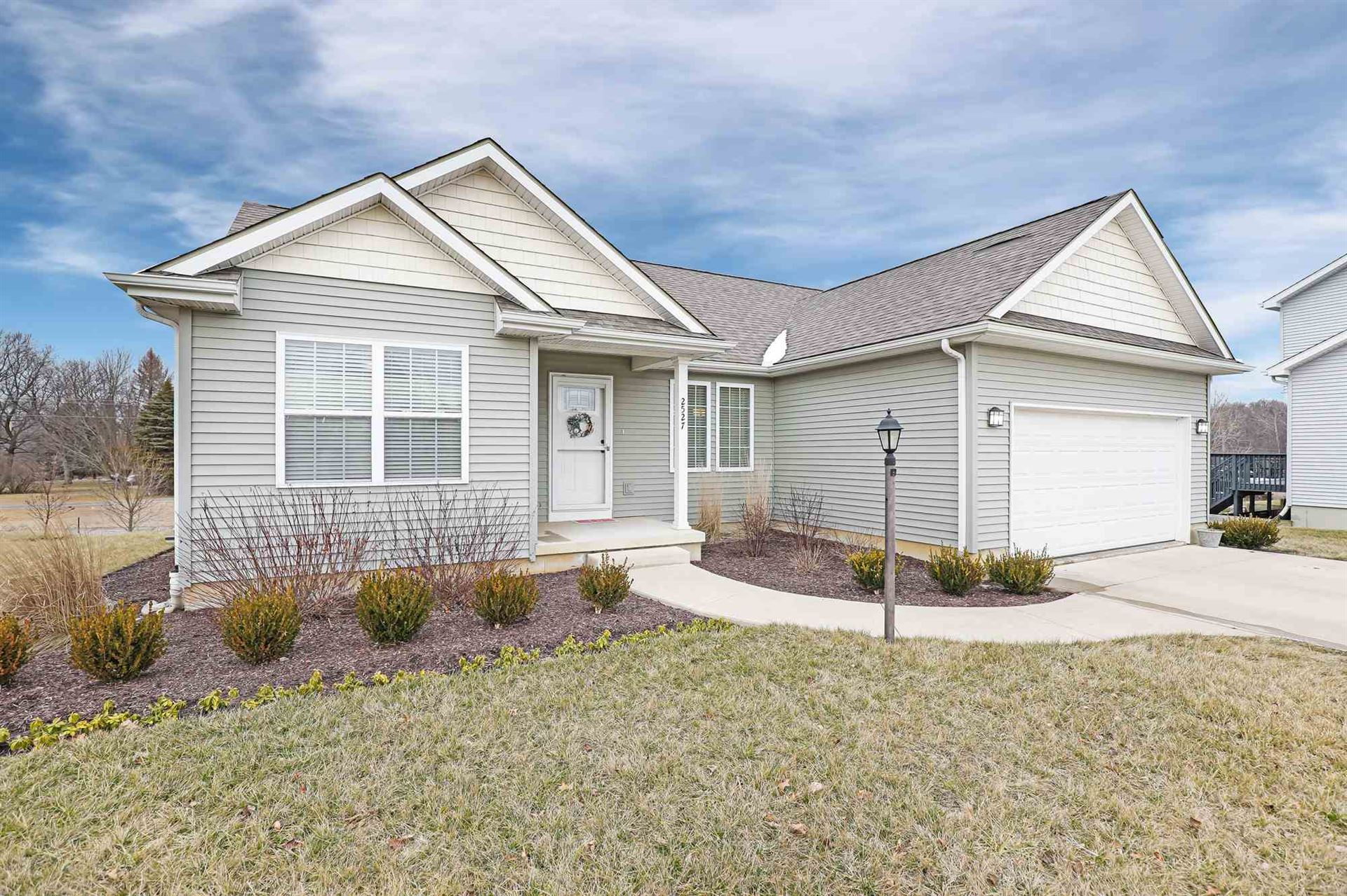 Photo of 2527 Pine Cone Lane, Warsaw, IN 46582 (MLS # 202005334)