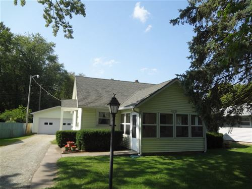 Photo of 1346 Park Road, Rochester, IN 46975 (MLS # 202039341)