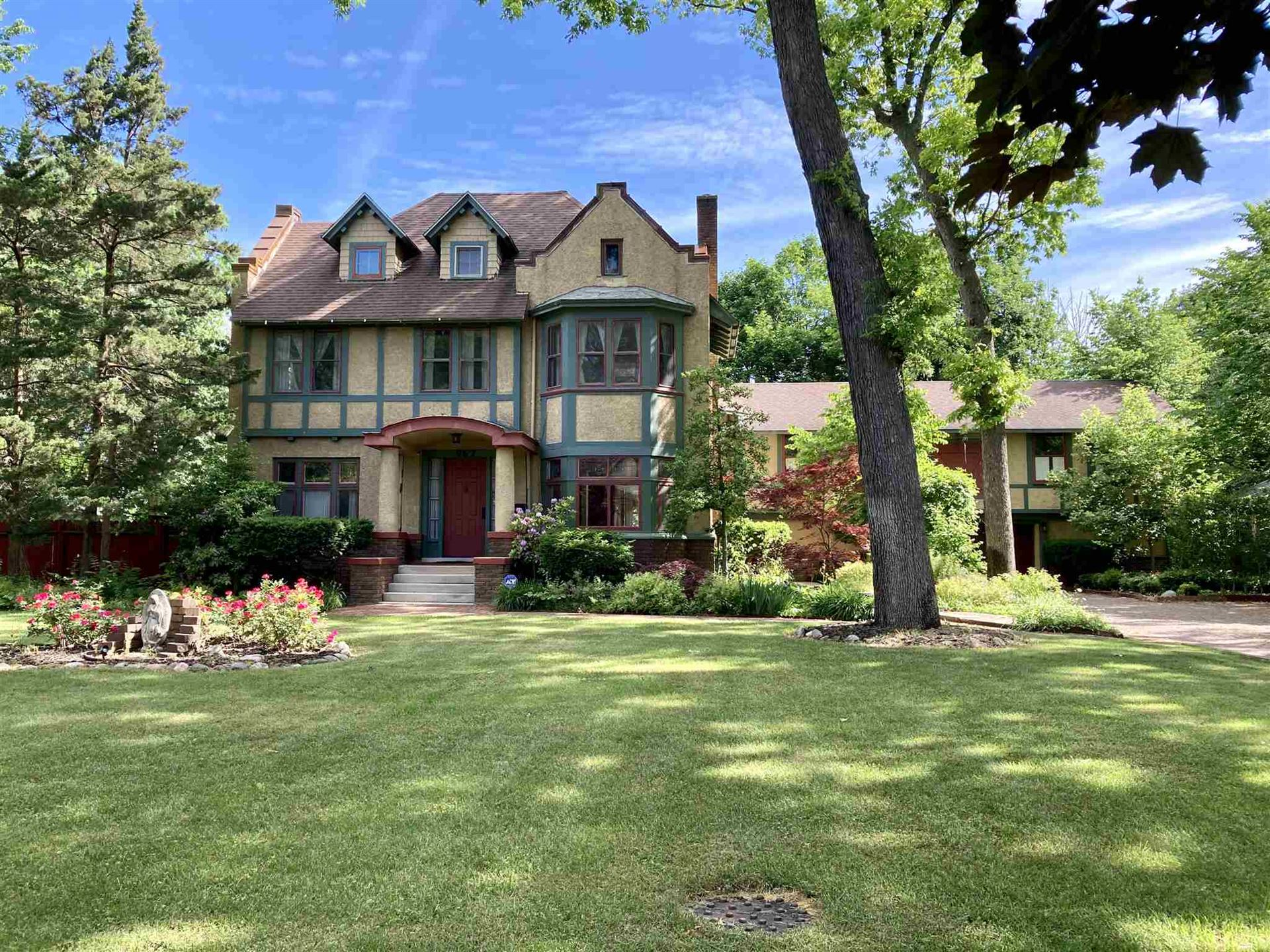 962 Riverside Drive, South Bend, IN 46616 - #: 202016341