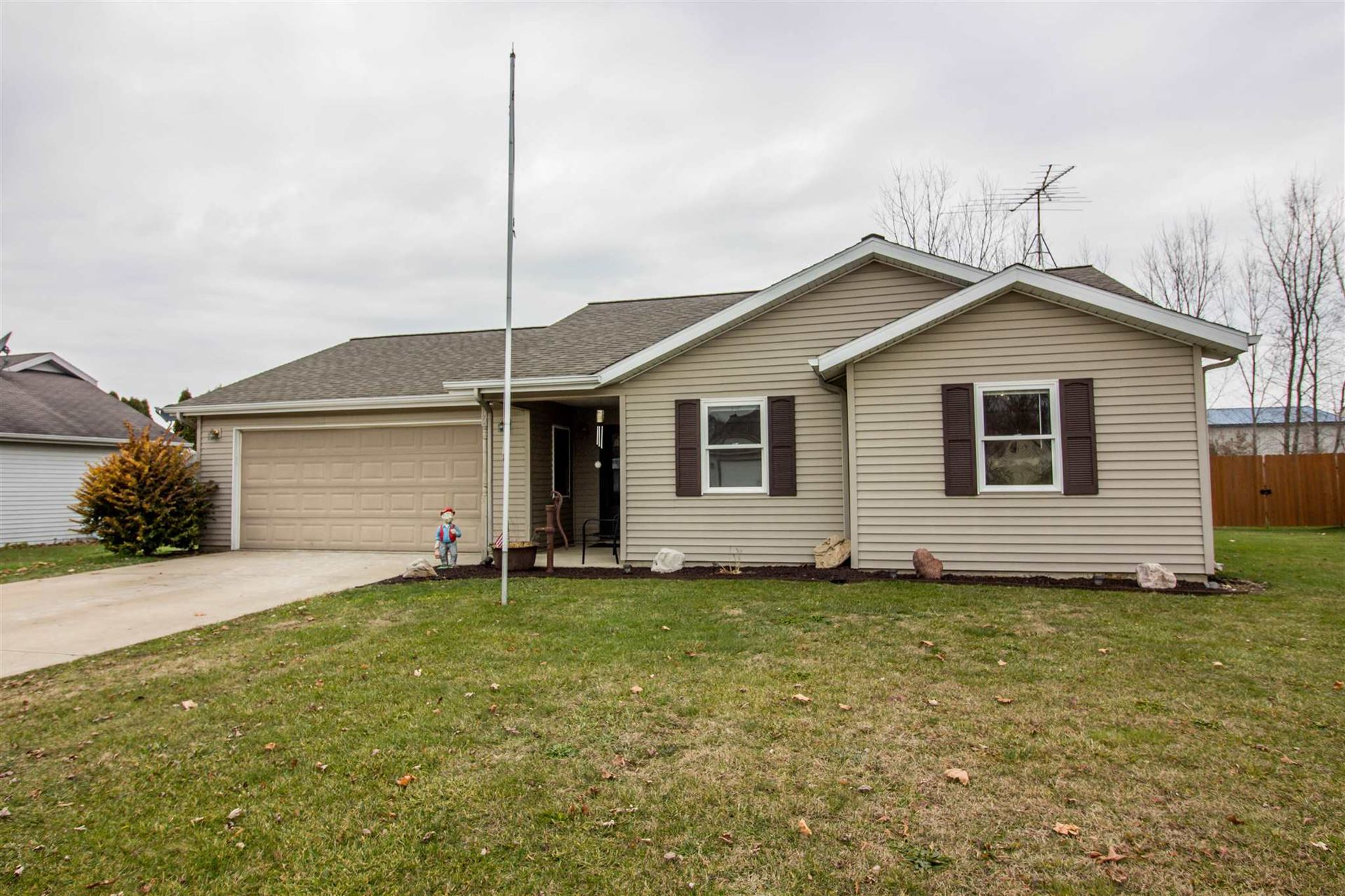 602 Follett Lane, Fremont, IN 46737 - #: 201951346