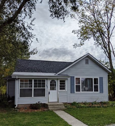Photo of 405 W Huntington Street, North Webster, IN 46555 (MLS # 202042360)