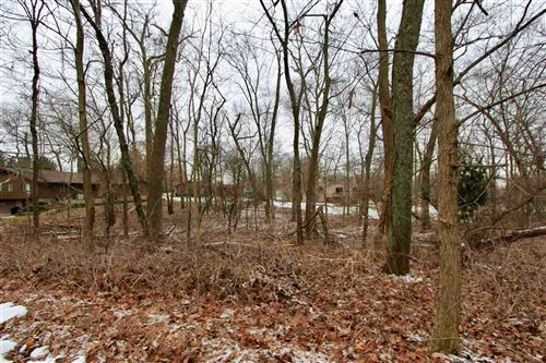 Photo of TBD Acorn Lot 4 Court, Warsaw, IN 46582 (MLS # 202103364)