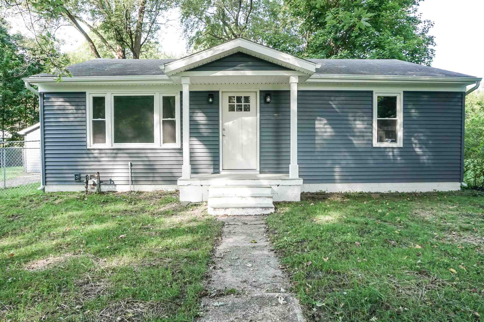 54641 Northern Avenue, South Bend, IN 46635 - #: 202039364