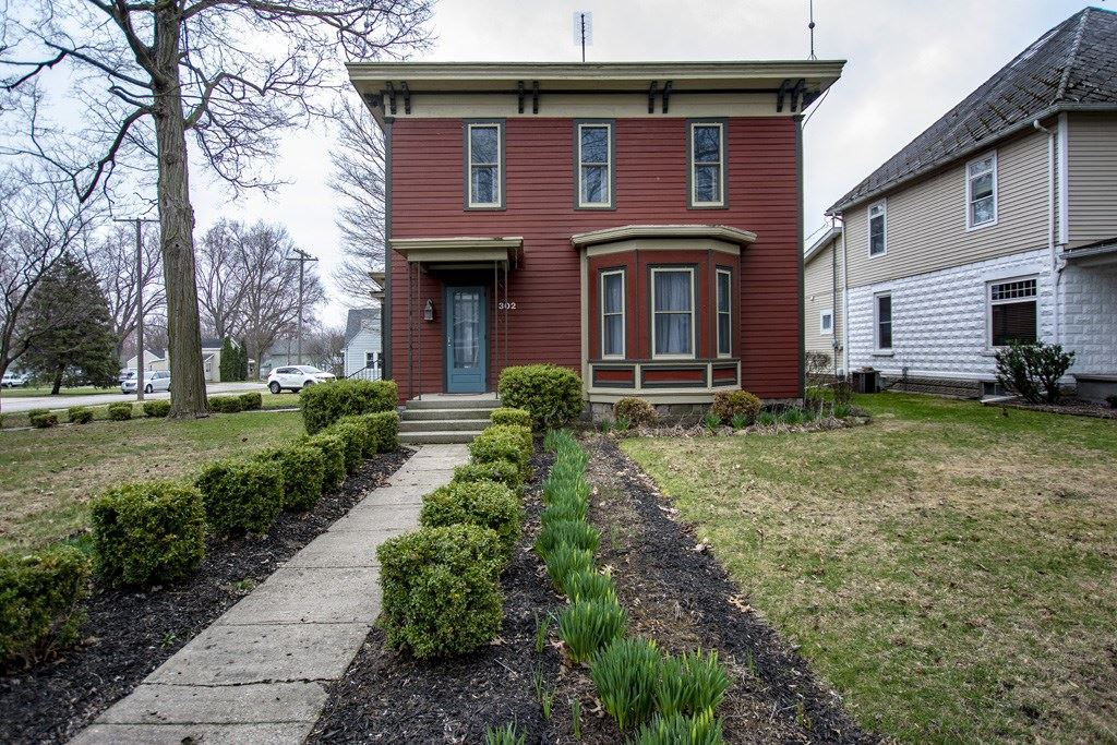 Photo of 302 S Main Street, Middlebury, IN 46540 (MLS # 202011365)