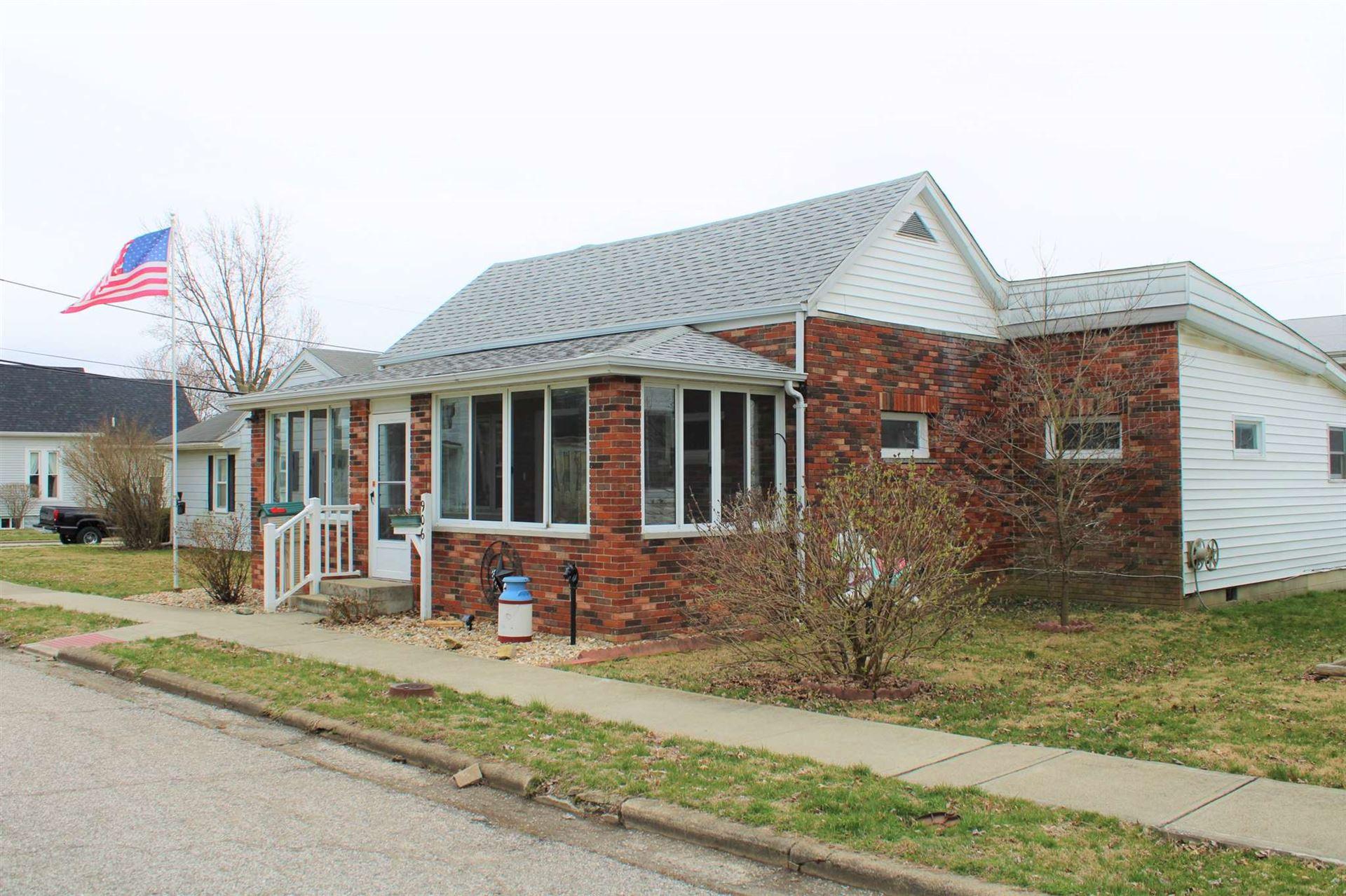 906 W. Oak Street, Mitchell, IN 47446 - #: 202009386