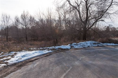Photo of TBD Lot 8 Acorn Drive, Warsaw, IN 46582 (MLS # 202102399)