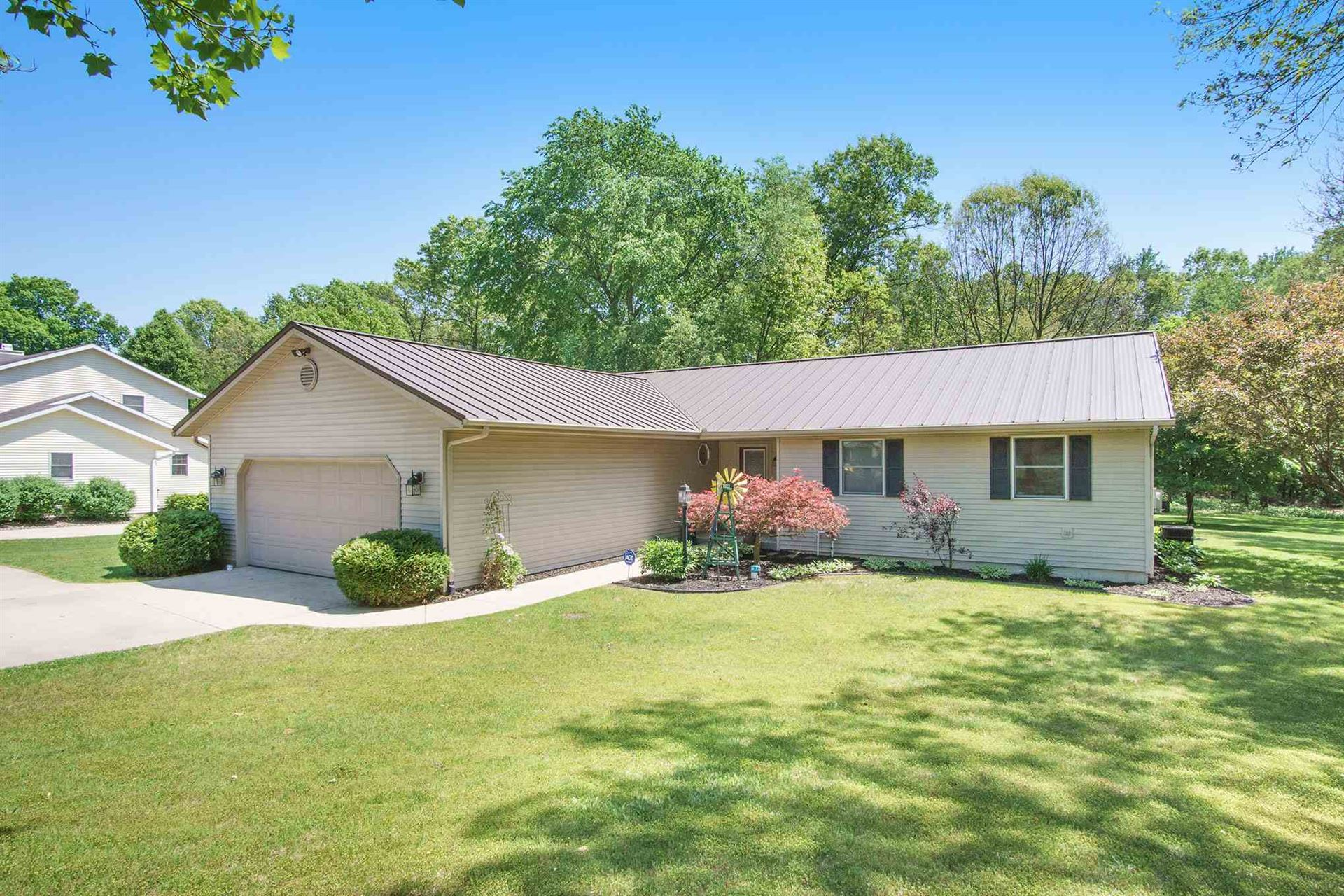 19470 STATE LINE Road, South Bend, IN 46637 - #: 202020407
