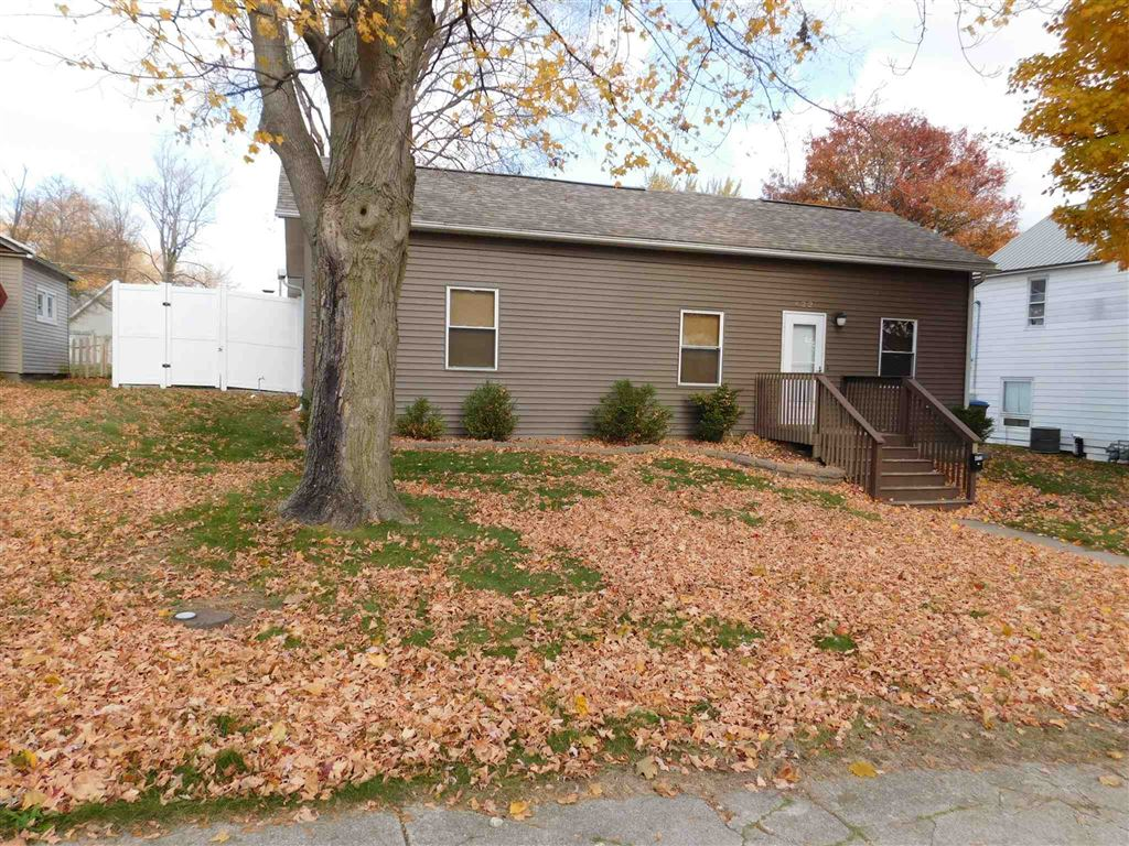 422 W Main Street, Warsaw, IN 46580 - #: 201949411