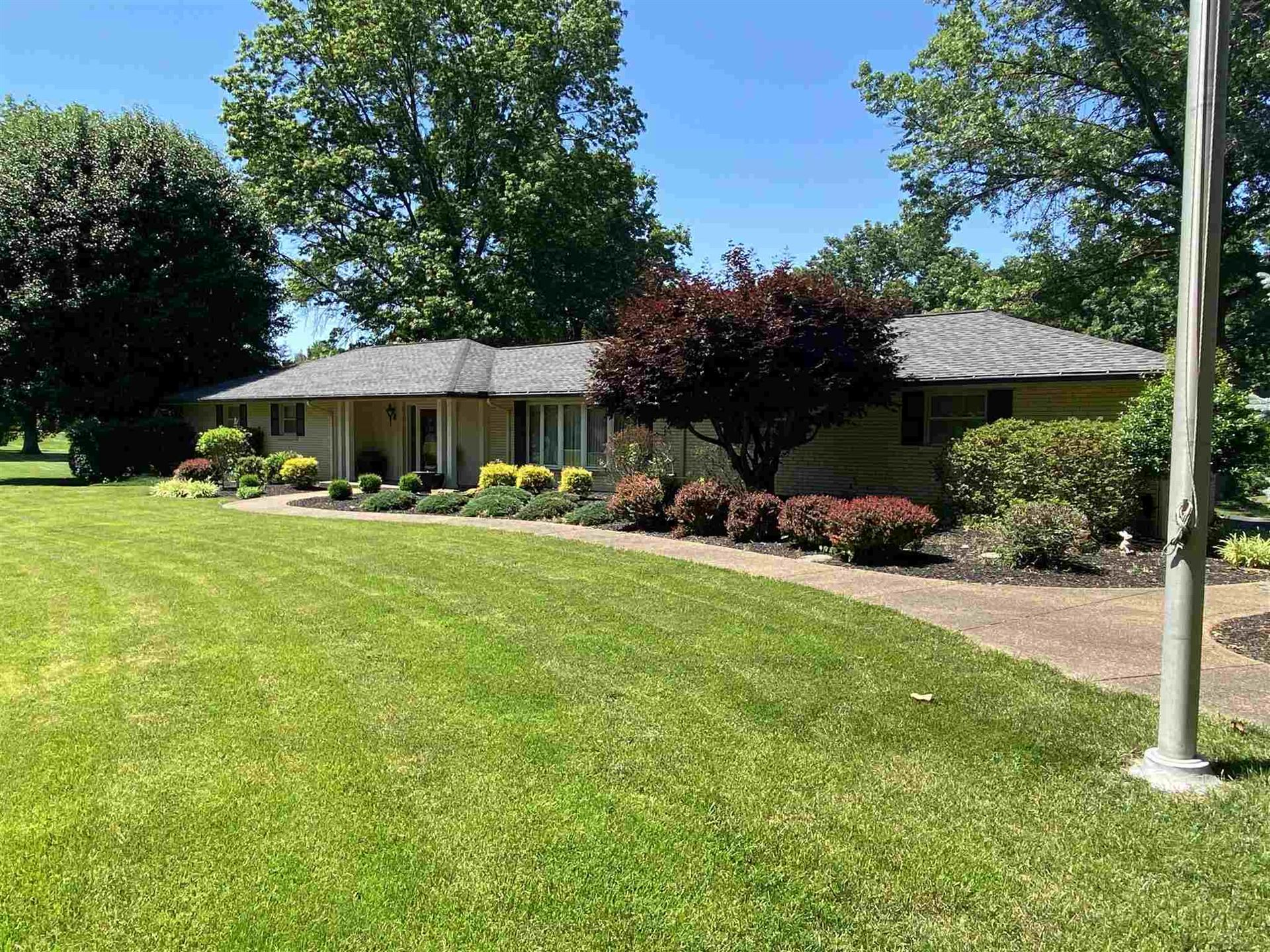 Photo of 1308 E Boonville New Harmony Road, Evansville, IN 47725 (MLS # 202011412)