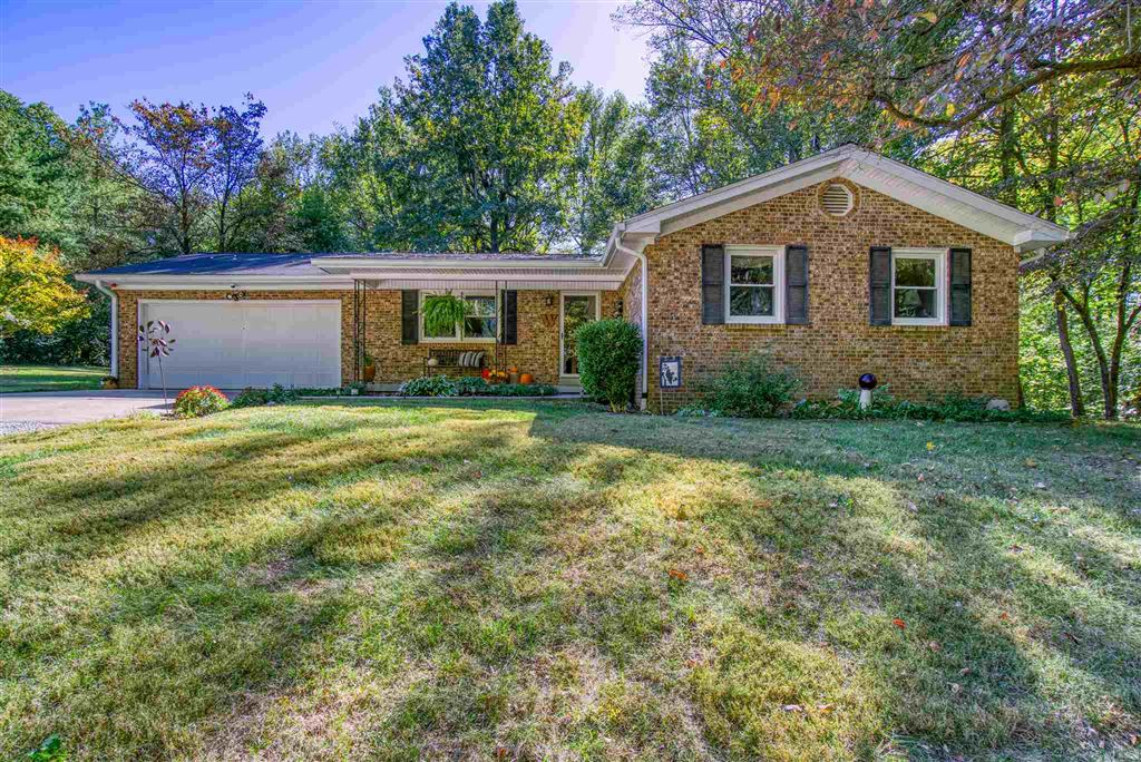 10731 E Grandview Drive, Evansville, IN 47712 - #: 201945415