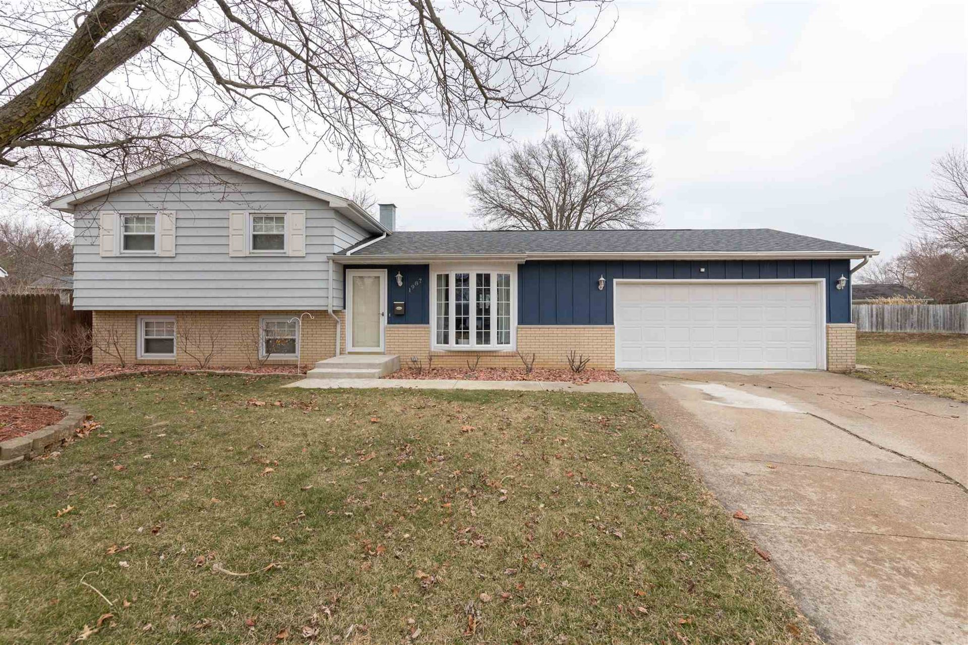 1987 Broadford Drive, South Bend, IN 46614 - #: 202008422