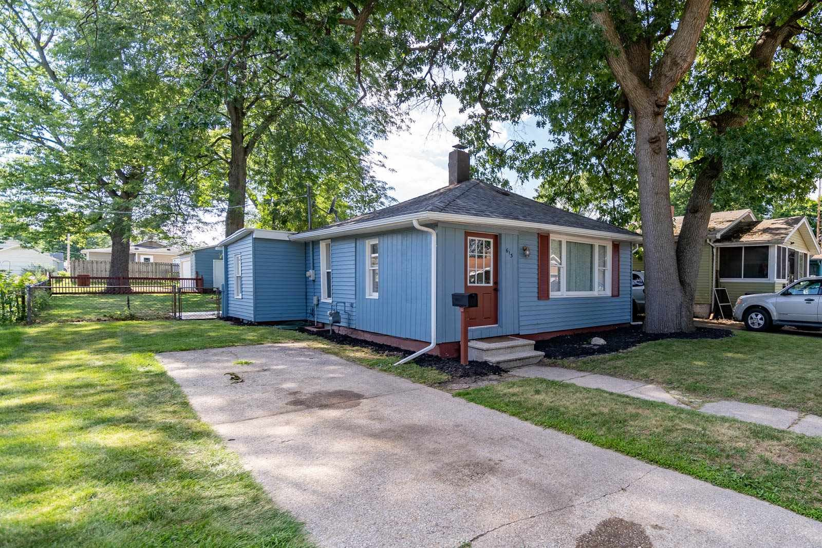 613 S 36th Street, South Bend, IN 46615 - #: 202025424