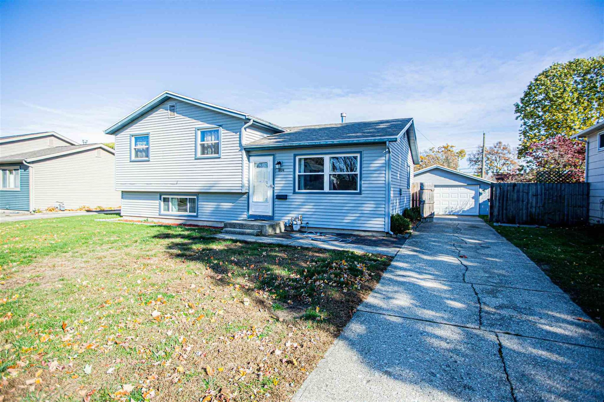 1804 Hass Drive, South Bend, IN 46635 - #: 202044429
