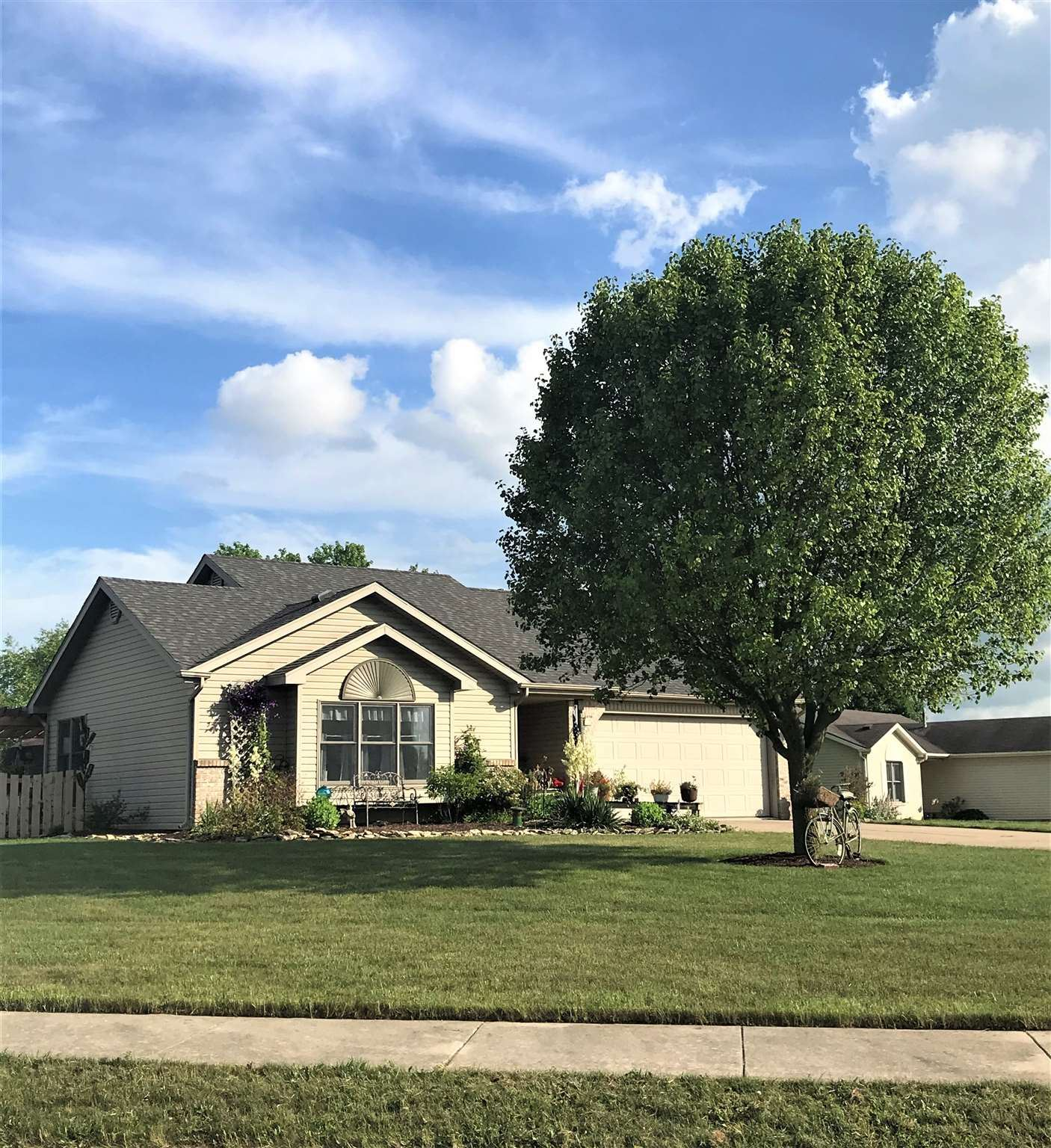 112 W Chapel Chase Drive, Decatur, IN 46733 - #: 202024431
