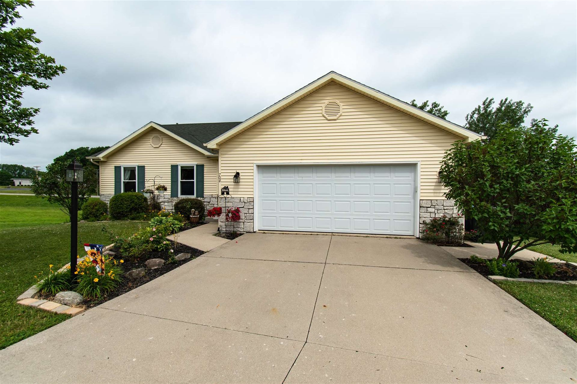 704 Thornapple Court, Columbia City, IN 46725 - #: 202024435