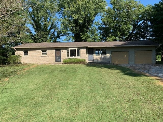 246 S 100 E Road, Washington, IN 47501 - #: 201939439