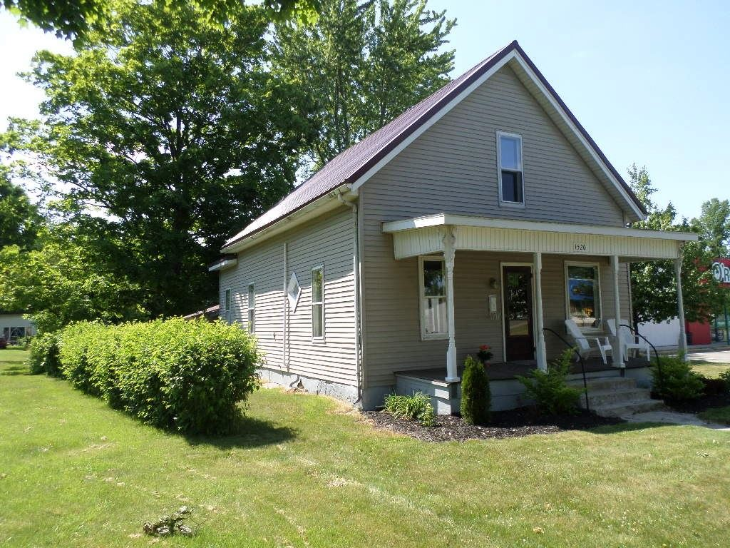 1520 Main Street, Rochester, IN 46975 - #: 202022439