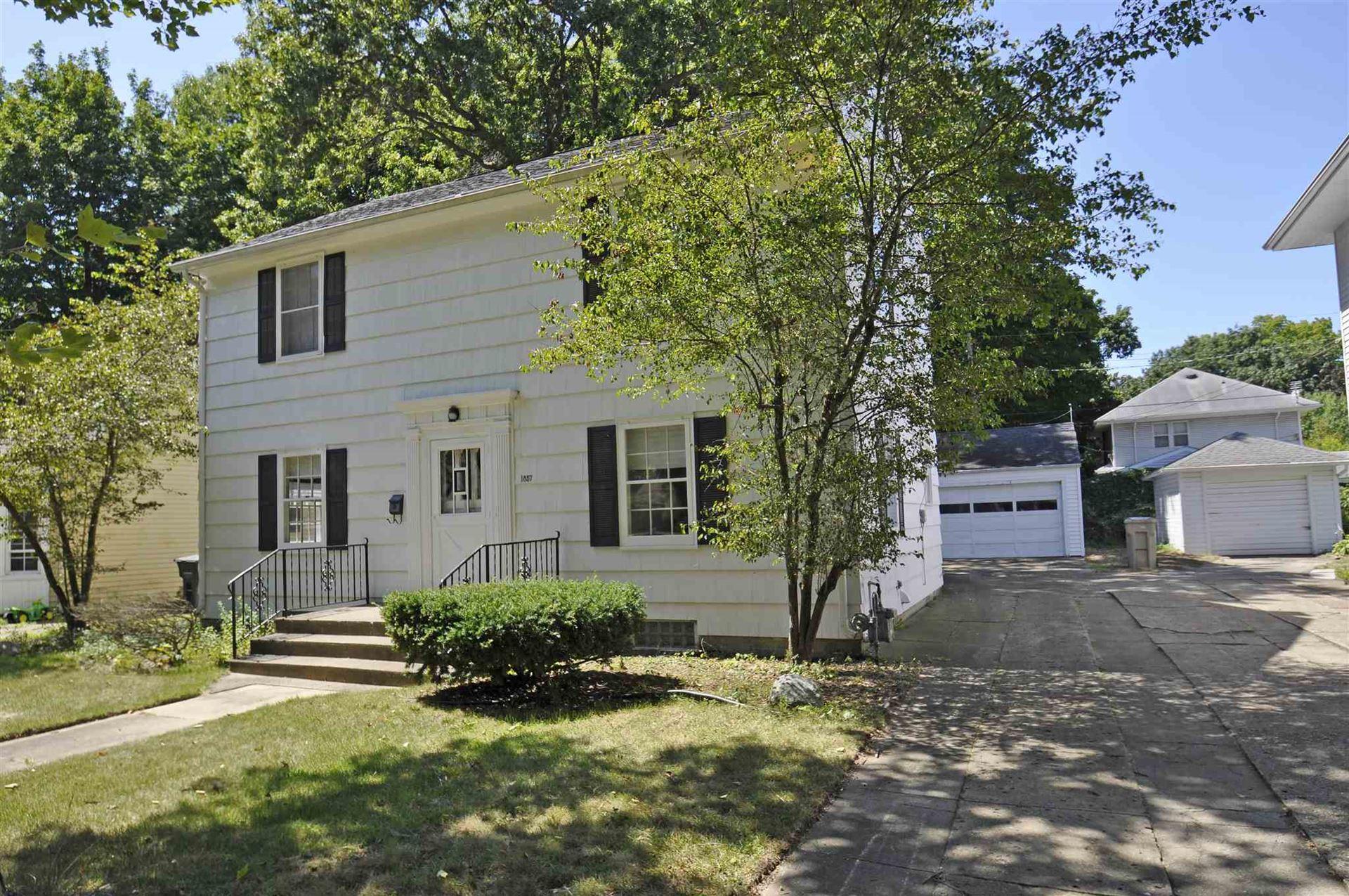 1857 N Adams Street, South Bend, IN 46628 - #: 202033439