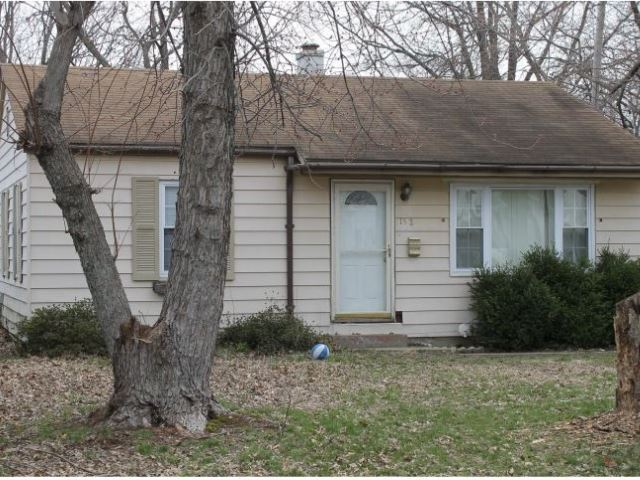 1524 S Saint James Boulevard, Evansville, IN 47714 - #: 201928443