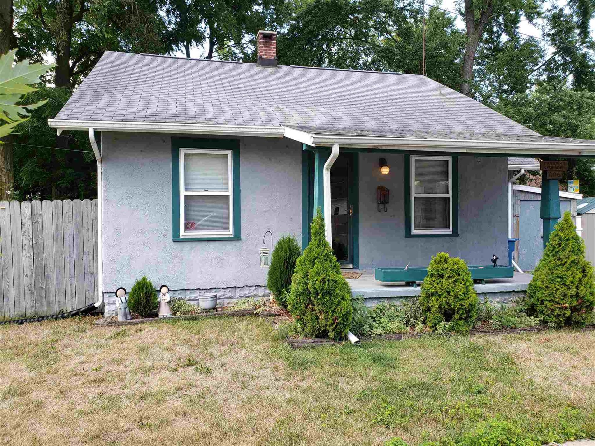 406 21st Street, Auburn, IN 46706 - #: 202030444