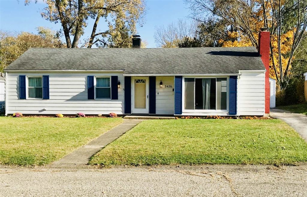 2426 Crest Avenue, South Bend, IN 46614 - #: 201949451